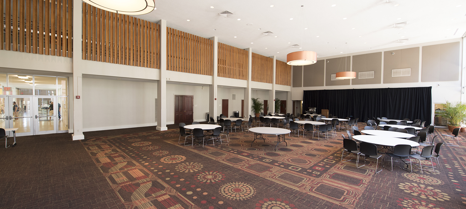 St. Charles Room, Danna Student Center